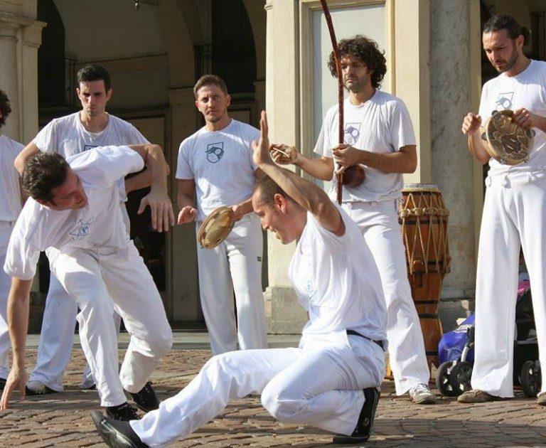 Presentazione di capoeira a Torino